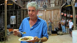 Bourdain_ss_cajun-country_014_596x334