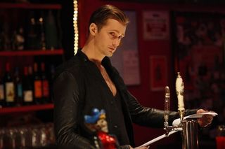 True_blood_season_4_episode_1_3-1262-590-700-80
